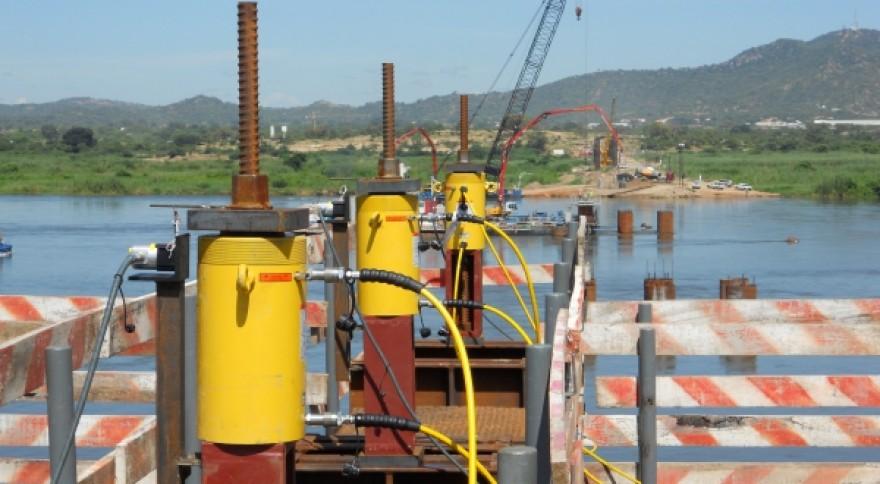 ponte-tete-mocambique-1
