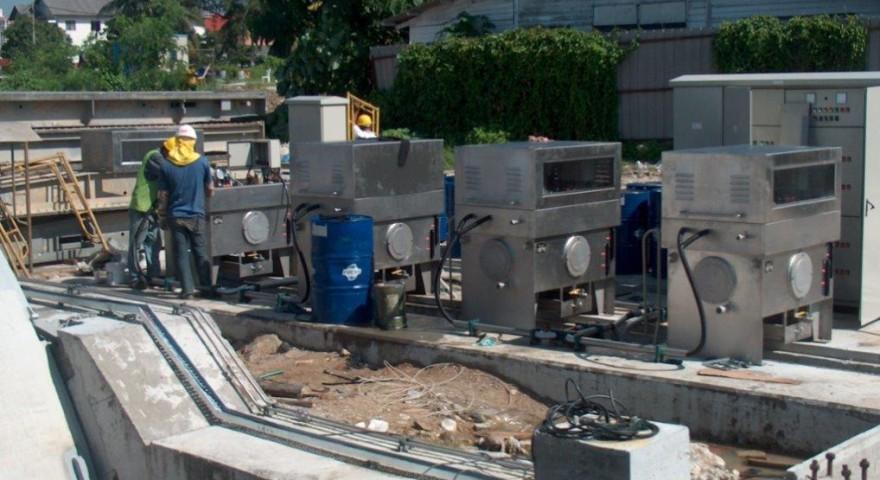 Unidades Óleo-Hidráulica exterior das Comportas Clapet do canal