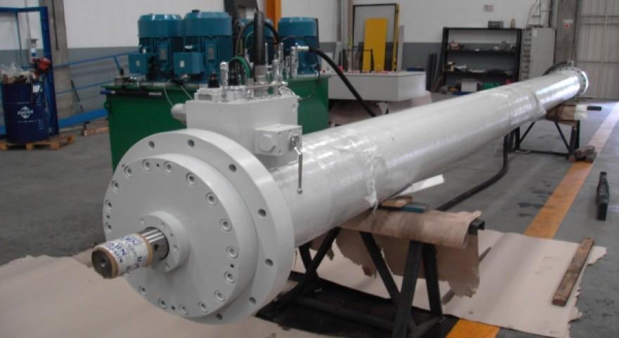 Servomotor (Cilindro Hidráulico) de Comporta de Tomada de Água